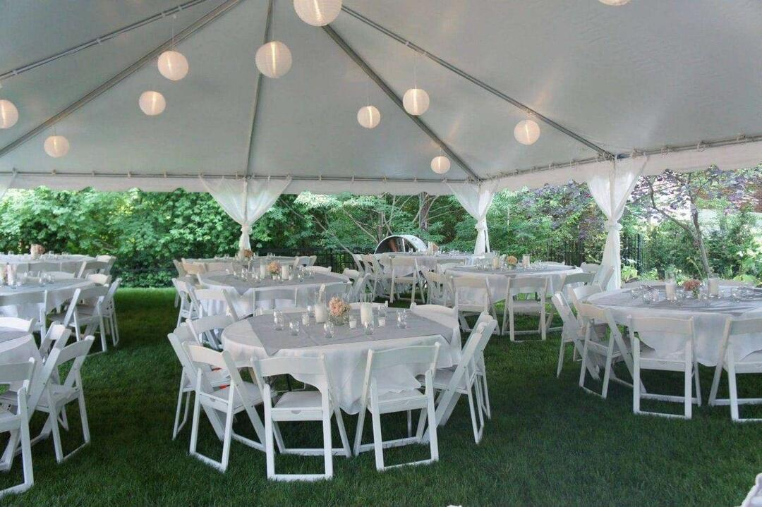 Reimagine Your Wedding Day Under A Tent Sully S Tool Party Rental
